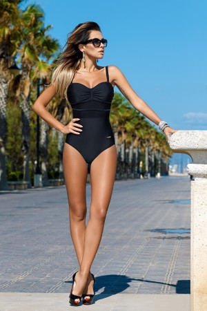 Juodas vientisas maudymosi kostiumėlis (330)
